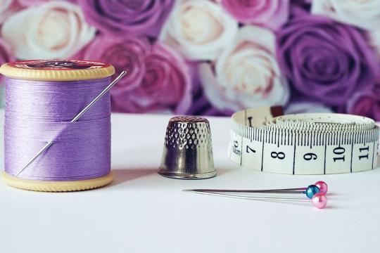 Huishoudelijke decoratie- en naaitechnieken
